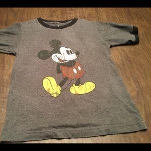 Mickey Mouse Youth Medium Gray t-shirt Disney